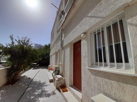 Apartment (Studio) in Pallouriotissa, Nicosia for Rent  1 Be.....