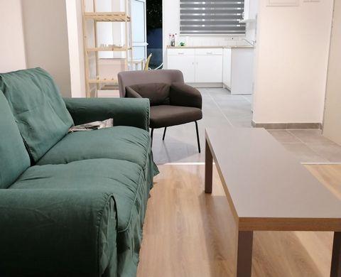 Apartment (Studio) in Pallouriotissa, Nicosia for Rent  Nico.....