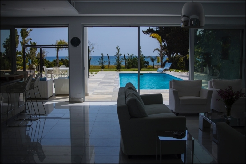 Beachfront Villa for sale (LAC7415)  5 Bedrooms 1 Bathroom 8.....