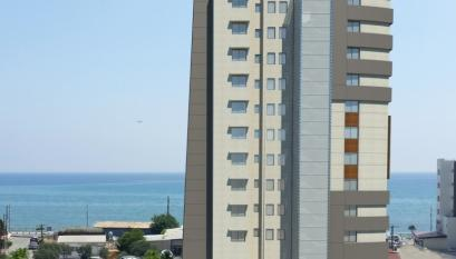 CONTEMPORARY STYLISH 2 BEDROOM APARTMENT WITH AMAZING VIEWS.....