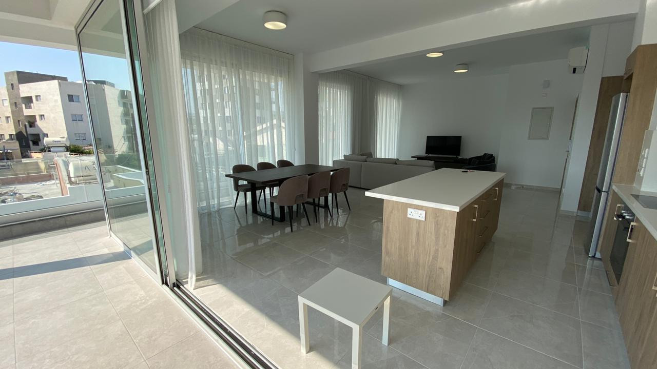 Apartment (Penthouse) in Mesa Geitonia, Limassol for Rent  3.....