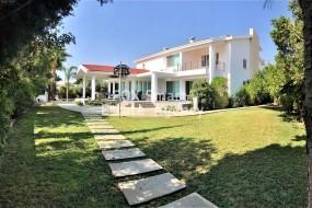 7 Bedroom House Latsia, Nicosia   Sale