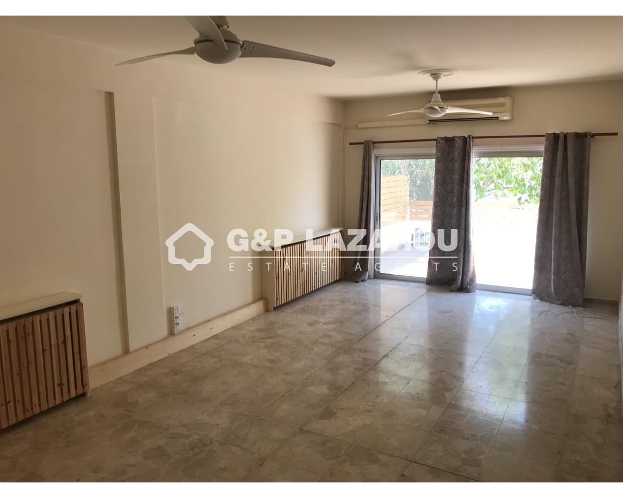 House Nicosia(Strovolos)  3 Bedrooms 2 Bathrooms 195 SqMt fo.....