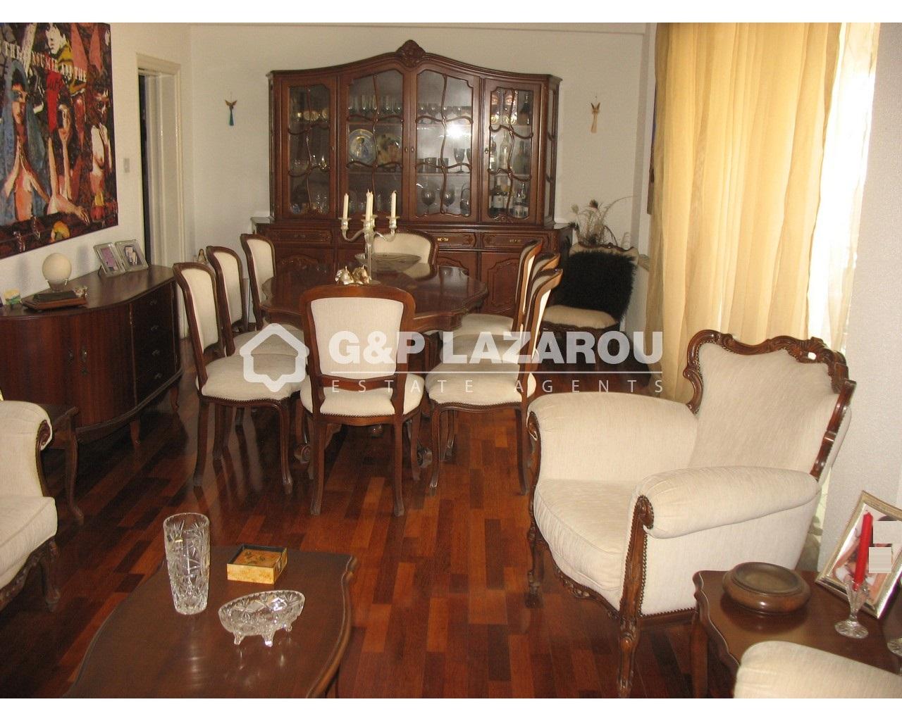 House Nicosia(Kaimakli)  3 Bedrooms 1 Bathroom 220 SqMt for.....