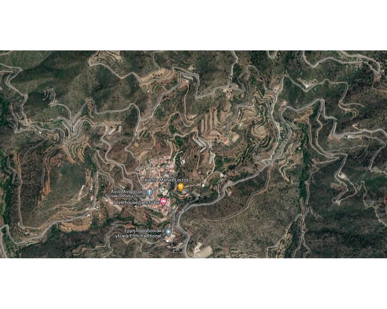 Land Larnaca(Agioi Vavatsinias)  335 SqMt for sale