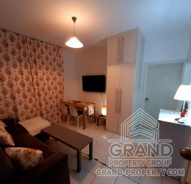2083  Apartment 2 Bedrooms 1 Bathroom 45 SqMt Limassol Limas.....
