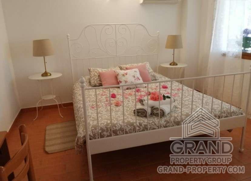 1959  Apartment 1 Bedroom 1 Bathroom 75 SqMt Limassol Agros.....
