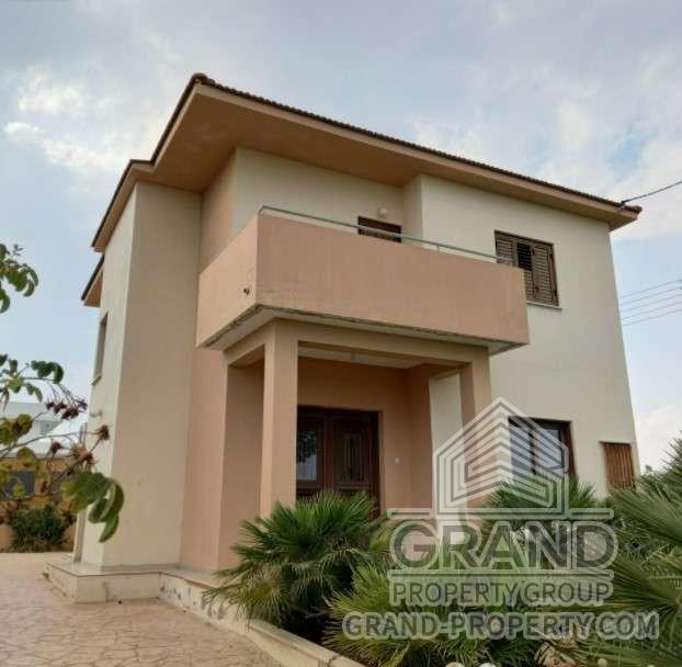 2857  Townhouse 3 Bedrooms 3 Bathrooms 140 SqMt Nicosia Agia.....