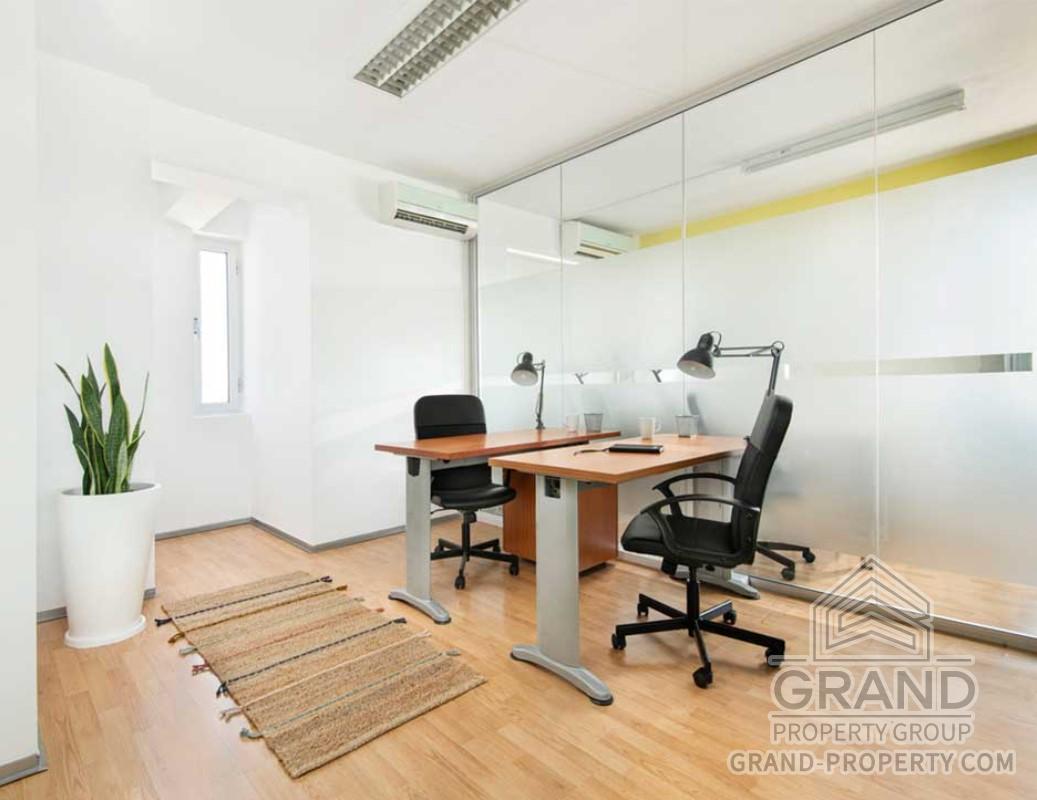2884  Office 35 SqMt Nicosia Agia Paraskevi Long Term Rental.....