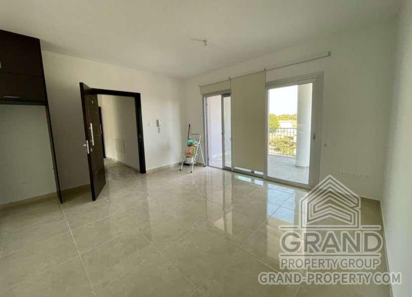 1740  Apartment 2 Bedrooms Paphos Geroskipou Long Term Renta.....