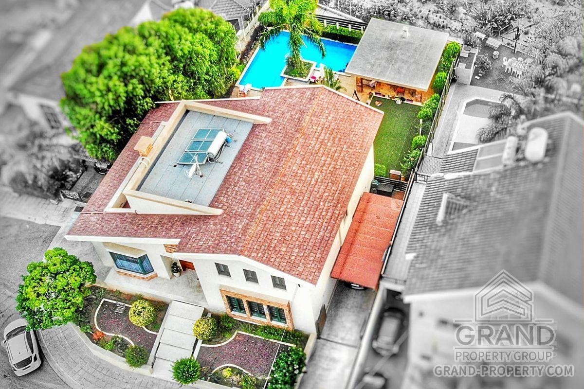X14799  Villa 5 Bedrooms 5 Bathrooms 1100.00 SqMt Limassol A.....