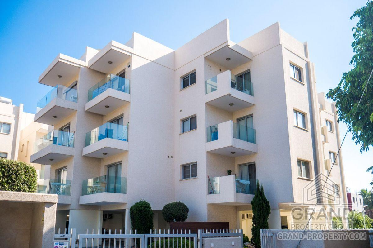 X13664  Apartment 3 Bedrooms 2 Bathrooms 101.00 SqMt Limasso.....