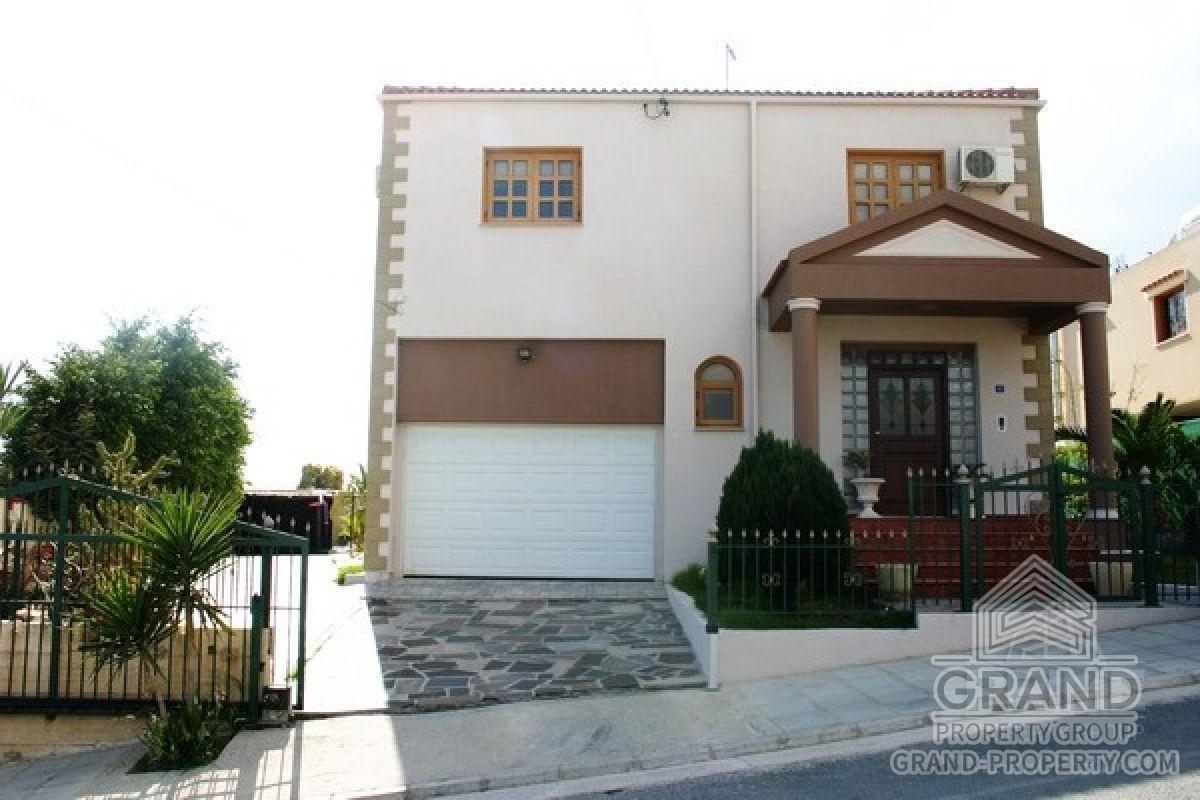 X16112  Villa 4 Bedrooms 4 Bathrooms 590.00 SqMt Larnaca Ale.....