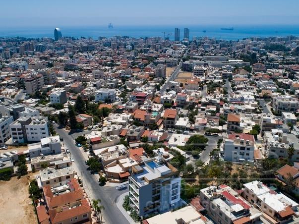 N16331  Apartment 3 Bedrooms 2 Bathrooms 143 SqMt Limassol M.....