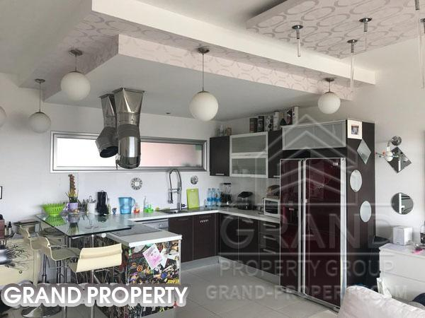 07463  Apartment 2 Bedrooms Limassol Mesa Geitonia Sale