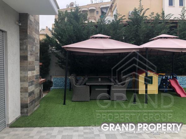 09347  Villa 7 Bedrooms 1 Bathroom 884 SqMt Limassol Potamos.....
