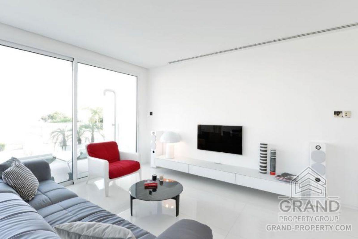 X1153  Apartment 2 Bedrooms 2 Bathrooms 85.00 SqMt Limassol.....