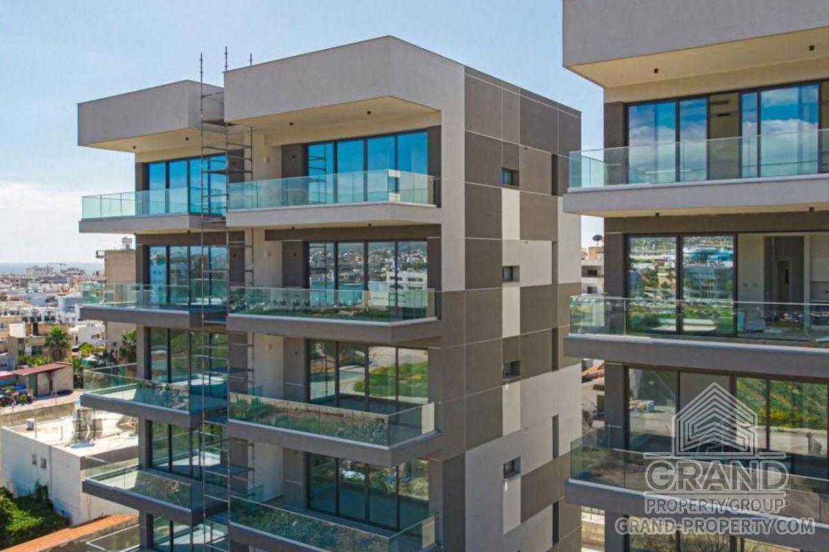 X17042  Apartment 2 Bedrooms 2 Bathrooms 95.00 SqMt Limassol.....