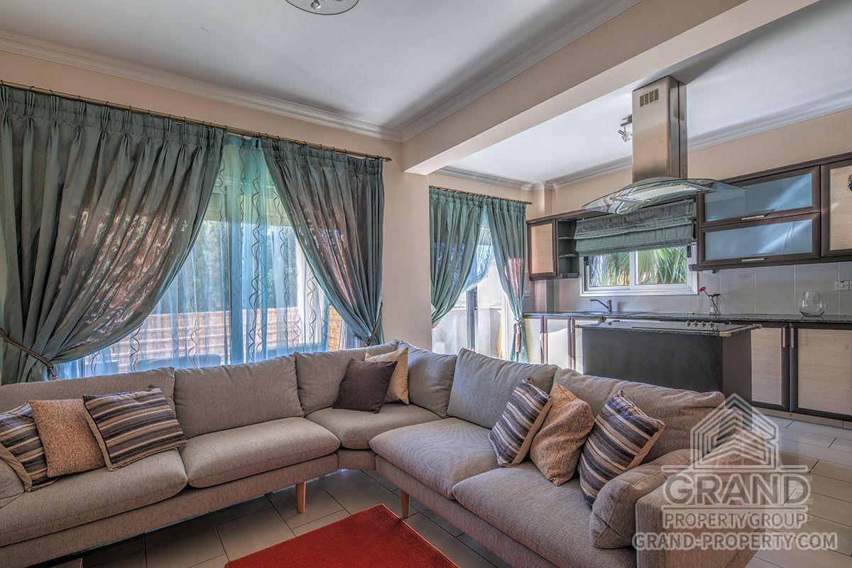 X12657  Apartment 2 Bedrooms 2 Bathrooms 105.00 SqMt Limasso.....
