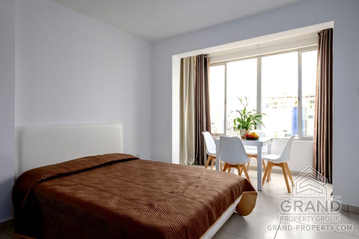 X13380  Apartment 1 Bathrooms Larnaca Mackenzie Short Term R.....