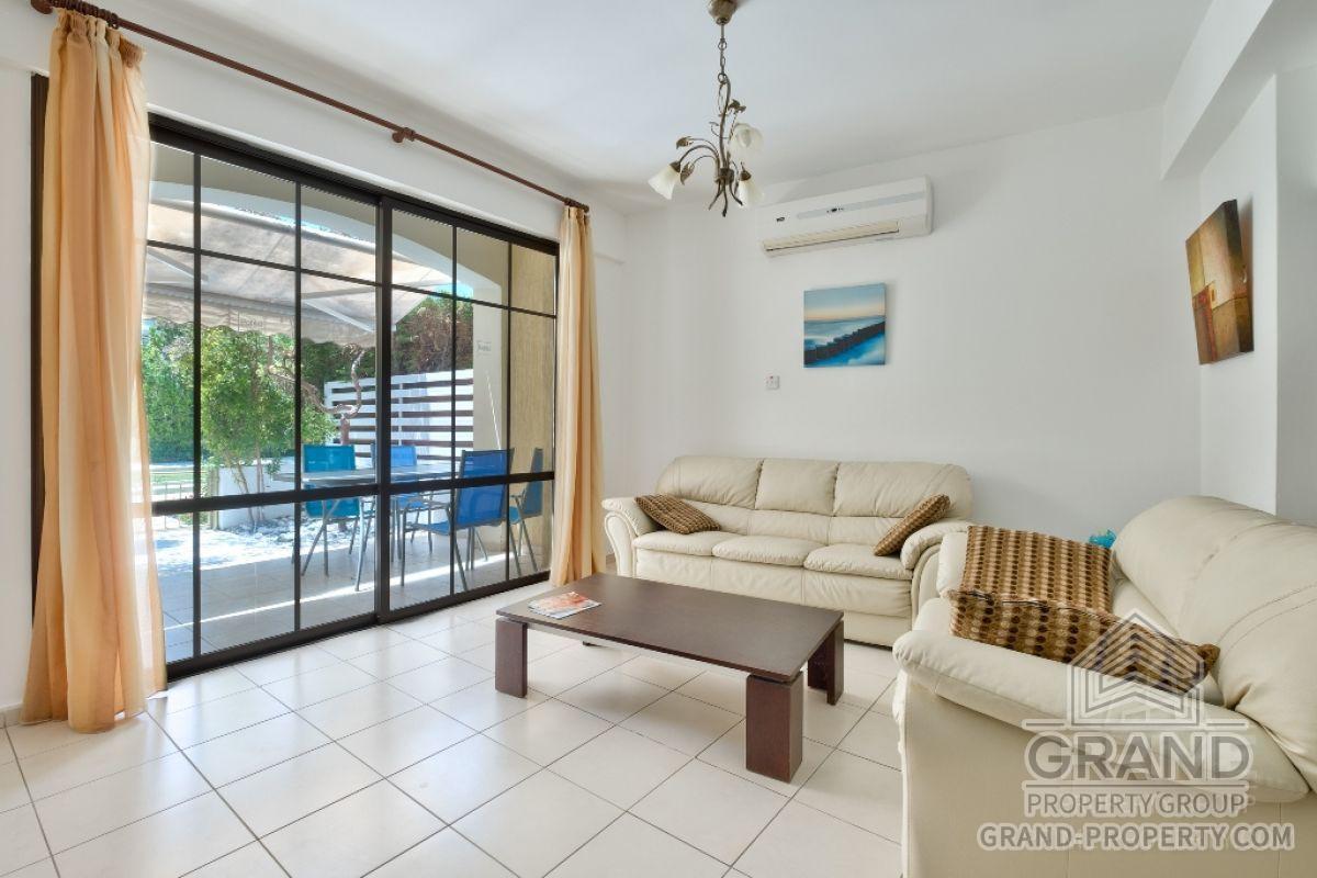 X8392  Townhouse 3 Bedrooms 2 Bathrooms 110.00 SqMt Limassol.....