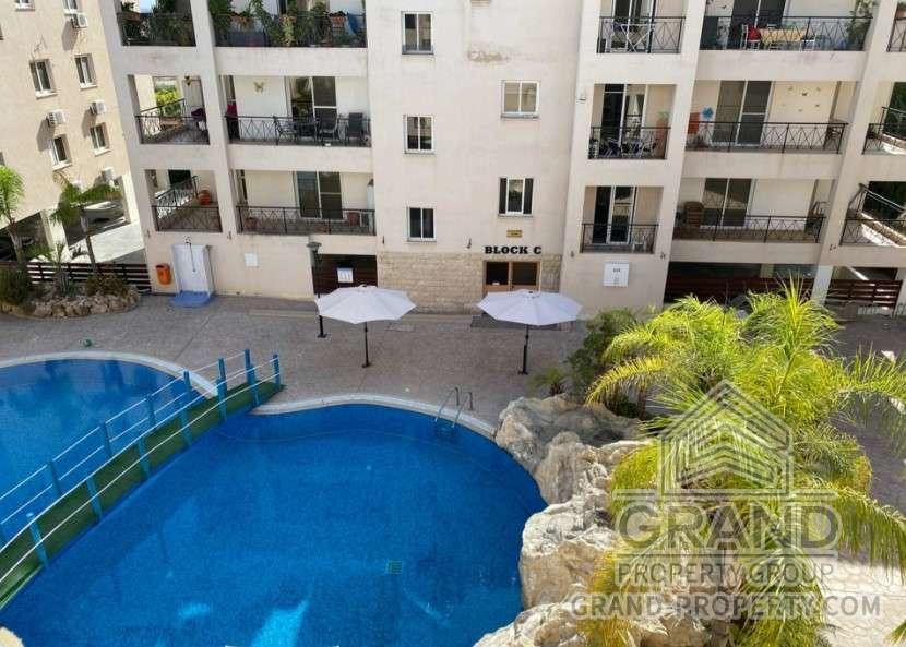 1746  Apartment 3 Bedrooms 130 SqMt Larnaca Oroklini Short T.....