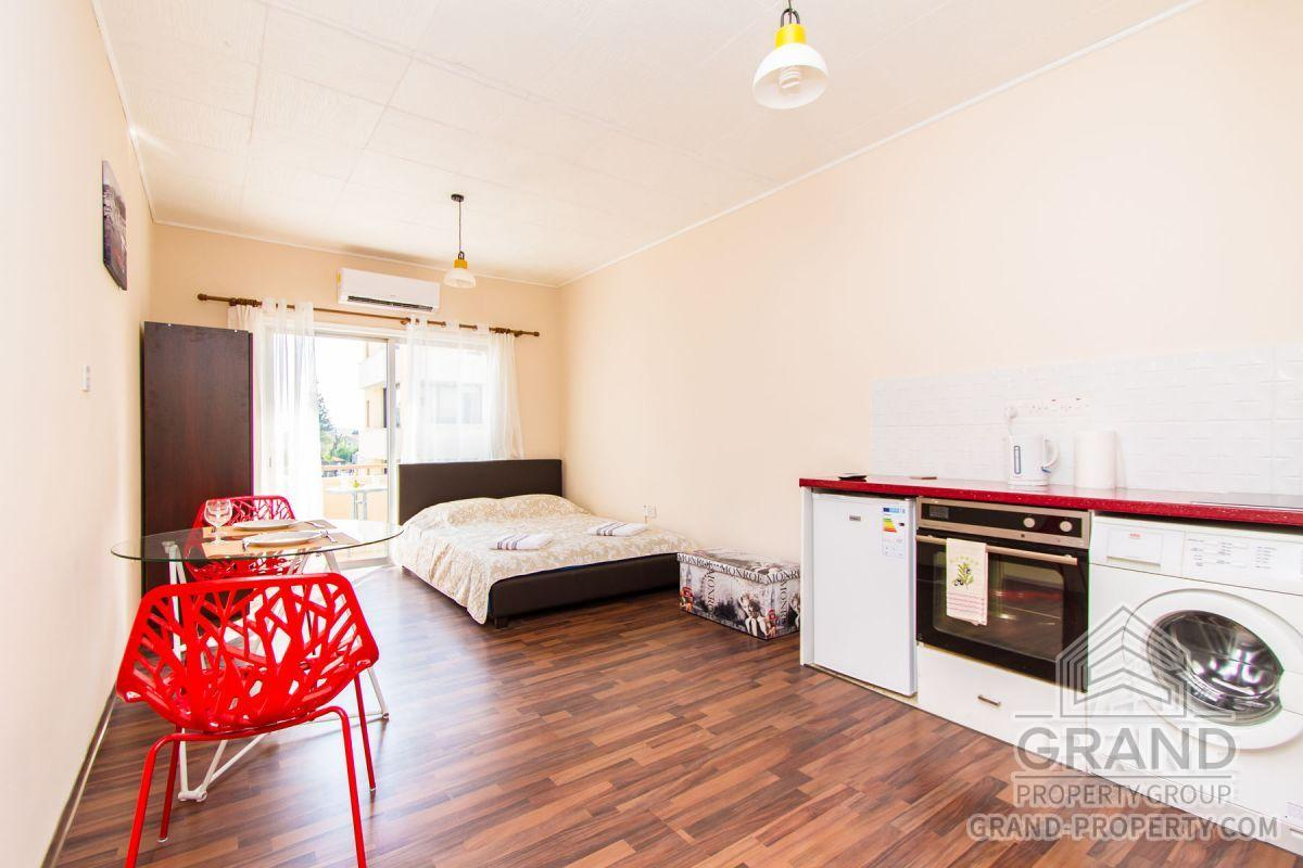 X12317  Apartment 1 Bathrooms Larnaca City Centre Short Term.....