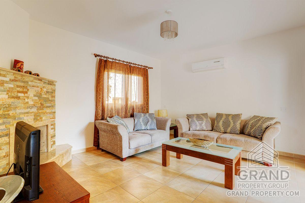 X6772  Townhouse 3 Bedrooms 120.00 SqMt Limassol Coya Short.....