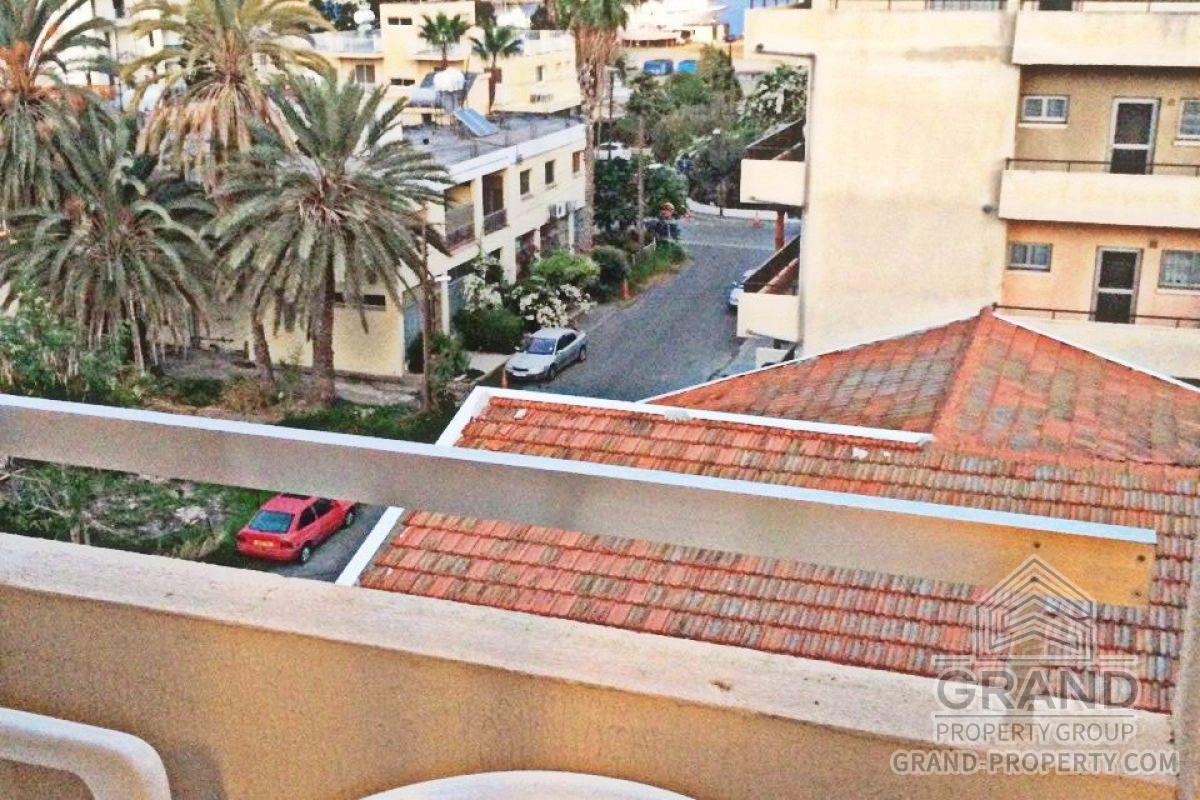 X4657  Apartment 1 Bathrooms Larnaca City Centre Short Term.....