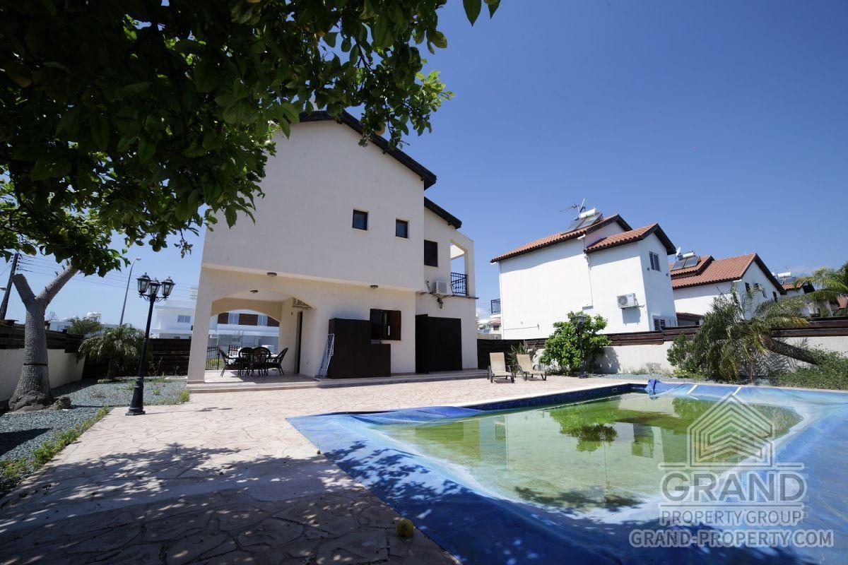 X14822  Villa 2 Bedrooms 2 Bathrooms Larnaca Dhekelia Short.....