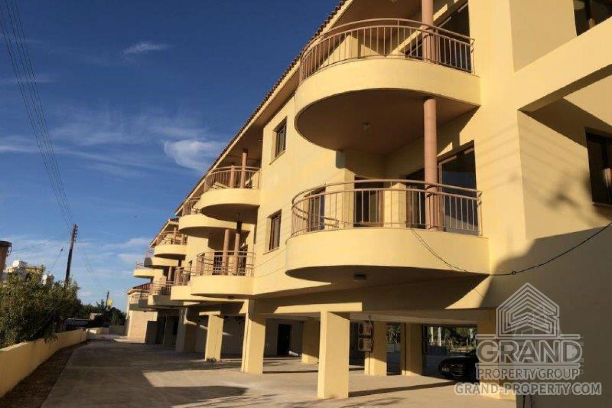 X14629  Apartment 1 Bedroom Paphos Kings Avenue Short Term R.....
