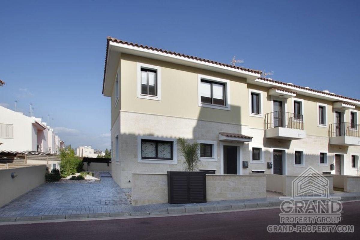 X5312  Villa 2 Bedrooms 2 Bathrooms Protaras Kapparis Short.....