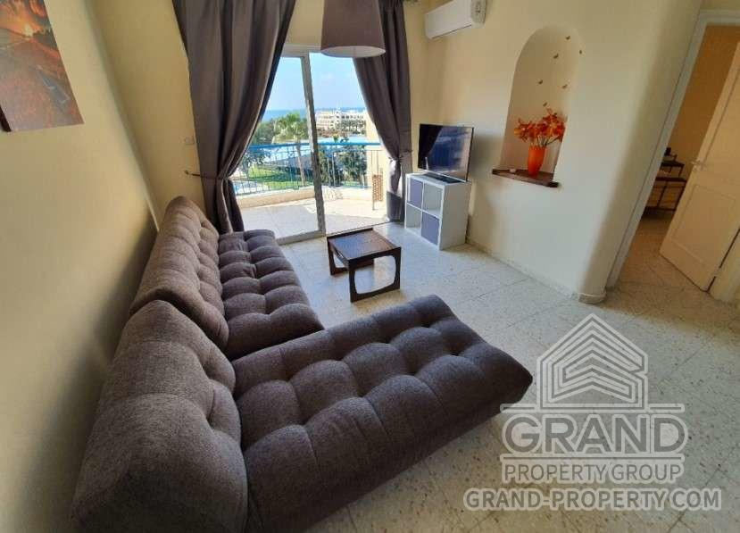 1800  Apartment 1 Bedroom 1 Bathroom 60 SqMt Paphos Tombs of.....
