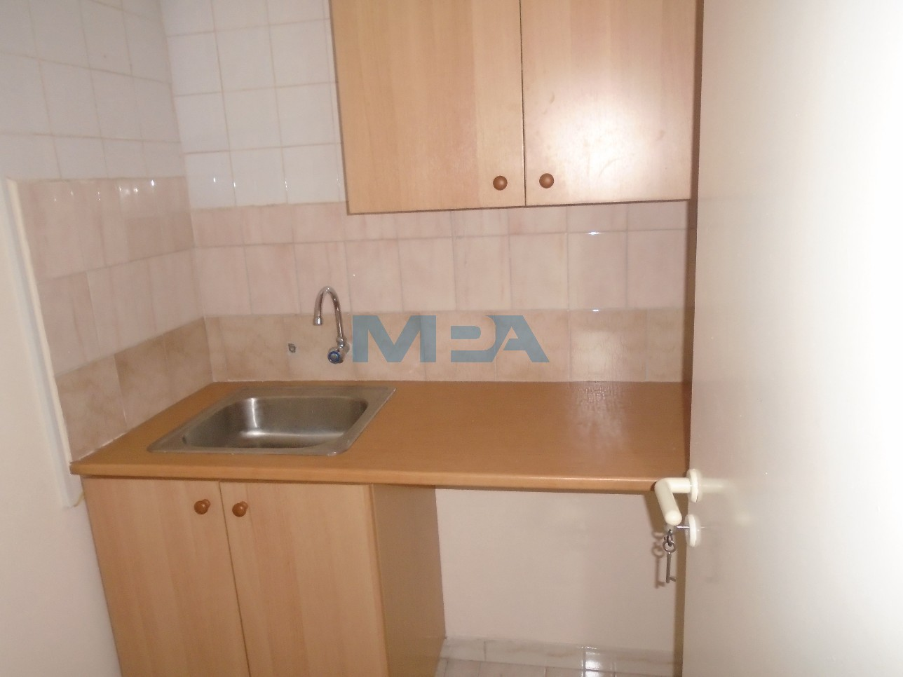 Two Bedroom Office in Egkomi For Rent  2 Bedrooms 60 SqMt Eg.....