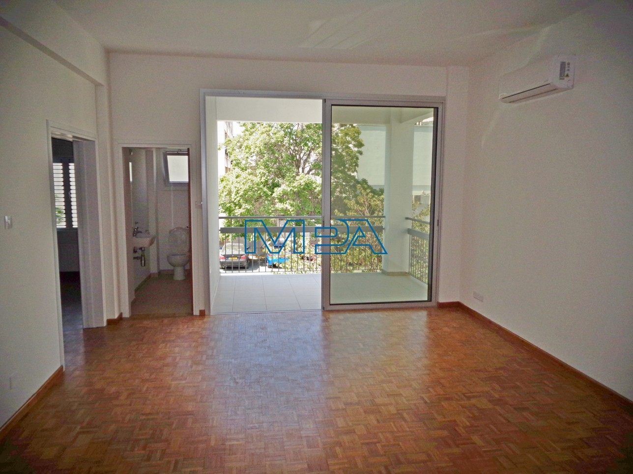 Upper House Apartment in Nicosia Center for Rent  2 Bedrooms.....