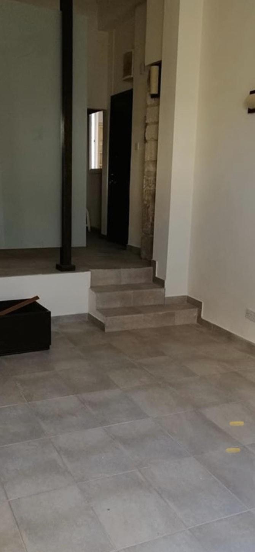 Shop or Office in Faneromeni  50 SqMt 1 Bathroom For Long Te.....