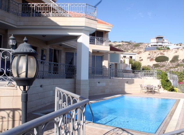 Villa  Limassol, Amathunda 4 Bedrooms 460.0 SqMt for sale