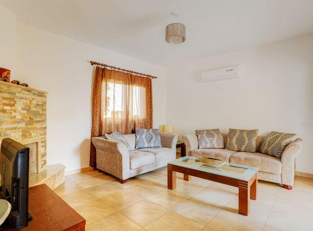 Townhouse  Limassol, Pascucci 3 Bedrooms 120.0 SqMt for shor.....
