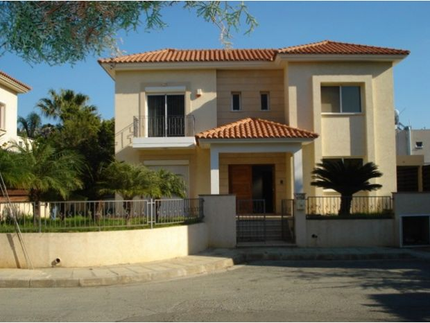 5 Bed House for Sale  5 Bedrooms 286 SqMt For Sale