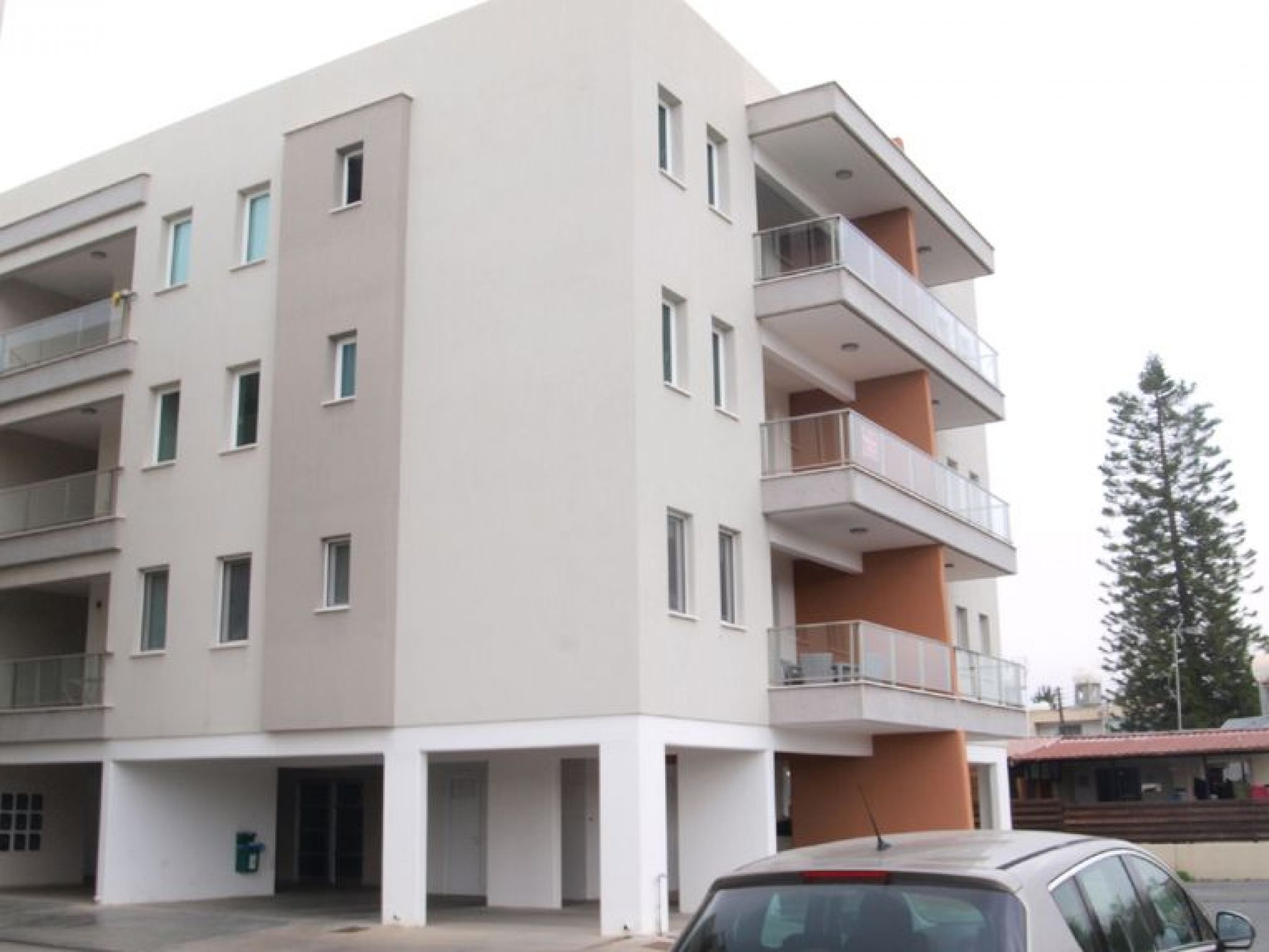 2nd floor 2 bedroom apartment in Kato Polemidia, Limassol  2.....