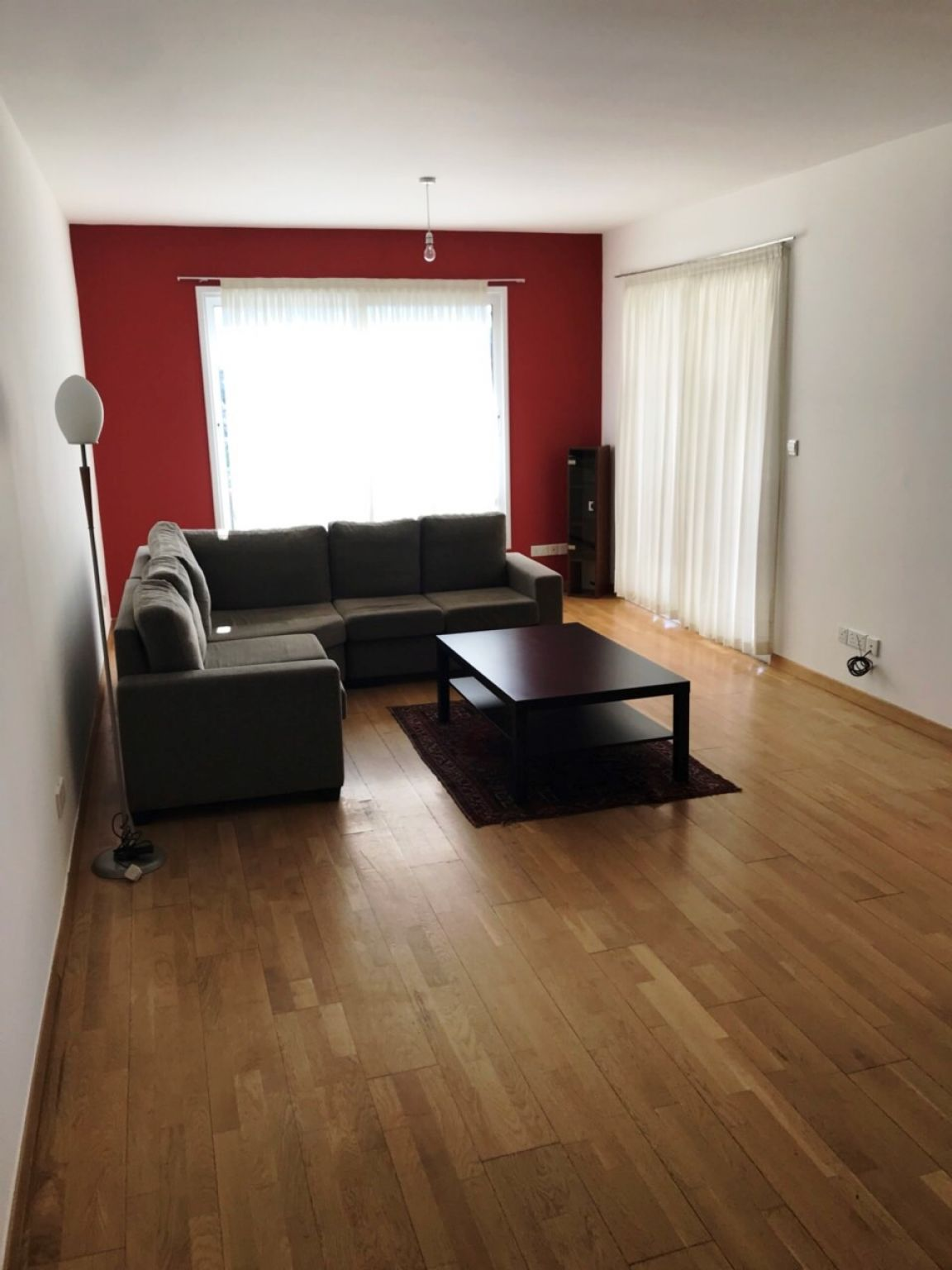 3 bedroom apartment in Mesa Yeitonia, Limassol  3 Bedrooms F.....