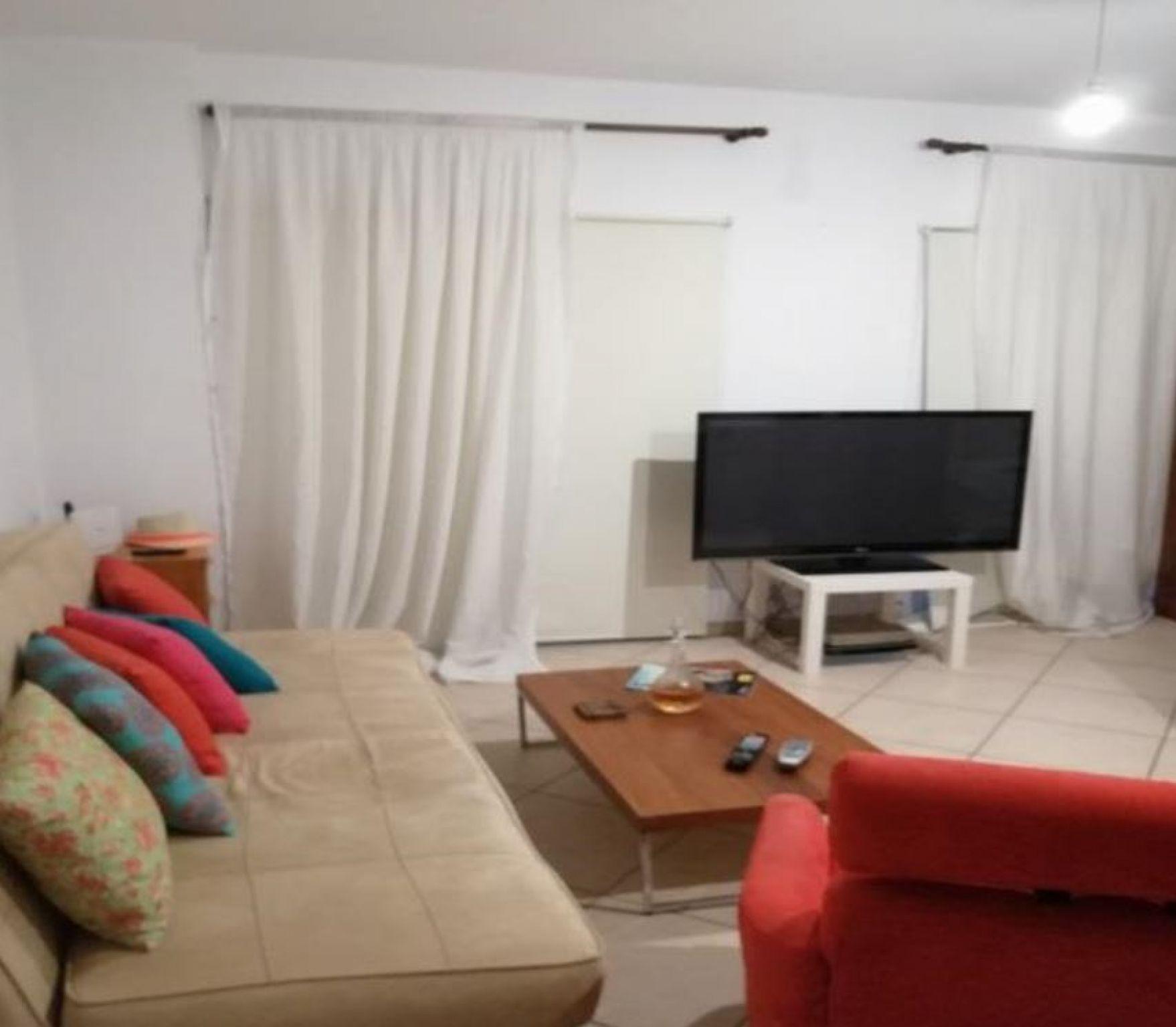 Ground Floor studio apartment in the tourist area of Limasso.....