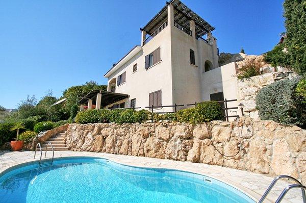 Kamares (Tala) : 4 Bedroom Detached House For Long Term Rent.....