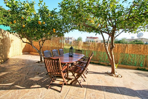 Emba : 3 Bedroom Townhouse For Long Term Rental Emba - Papho.....