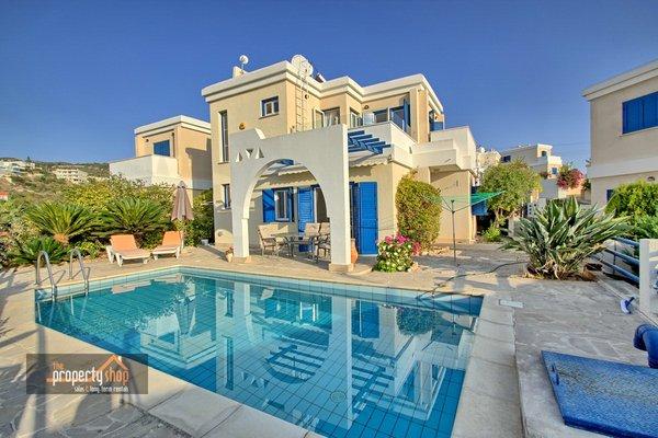 Tala : 2 Bedroom Detached House For Long Term Rental Tala -.....