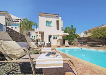 SUMMER  2 Bedrooms 1 Bathroom Villa Protaras Ayia Triada Are.....