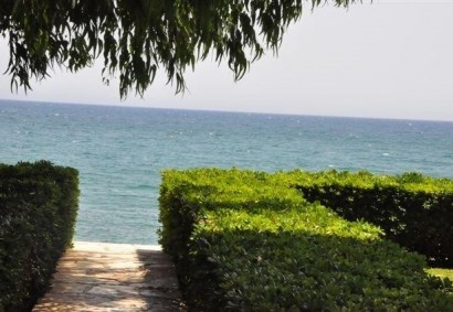 Apartment in Limassol, Potamos Germasogeias  2 bedrooms   12.....